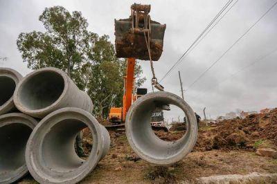 Ensenada: Entubamiento para mejorar el desagüe pluvial