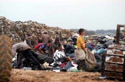 La Mesa del Basural enviará una propuesta al intendente Arroyo sobre los recicladores