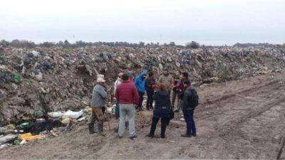 Se busca fomentar una cooperativa de reciclaje de residuos y formar voluntarios ambientales