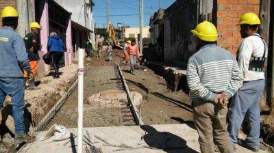 Encaran pavimentación de calles en Las Flores y obras hidráulicas
