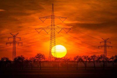 México construirá 40 plantas de energía solar y 25 de eólica en un plazo de tres años