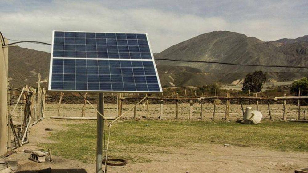 Energías renovables en los hogares de 140 familias de zonas rurales
