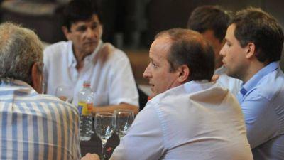 Cumbre de Massa y los intendentes en alarma por la situación social en el Conurbano