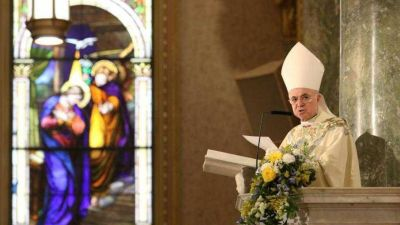 Los recuerdos (imprecisos) del ex nuncio que pide la cabeza del Papa