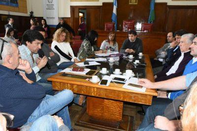 Tras la polémica con Mourelle, concejales respaldaron a los clubes