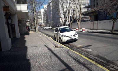 """Cordones pintados y """"reservados"""" para estacionar: se realizaron 800 intimaciones"""