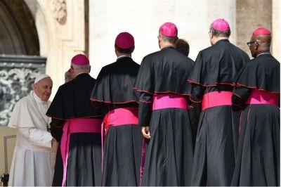 Crecen las intrigas contra el papa Francisco con un nueva filtración sobre un