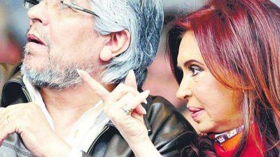 Ser ministro por WhatsApp y el acto de Cristina y Hugo