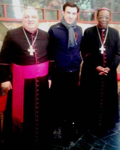 El científico anti-fracking con el nuncio papal y el arzobispo mendocino