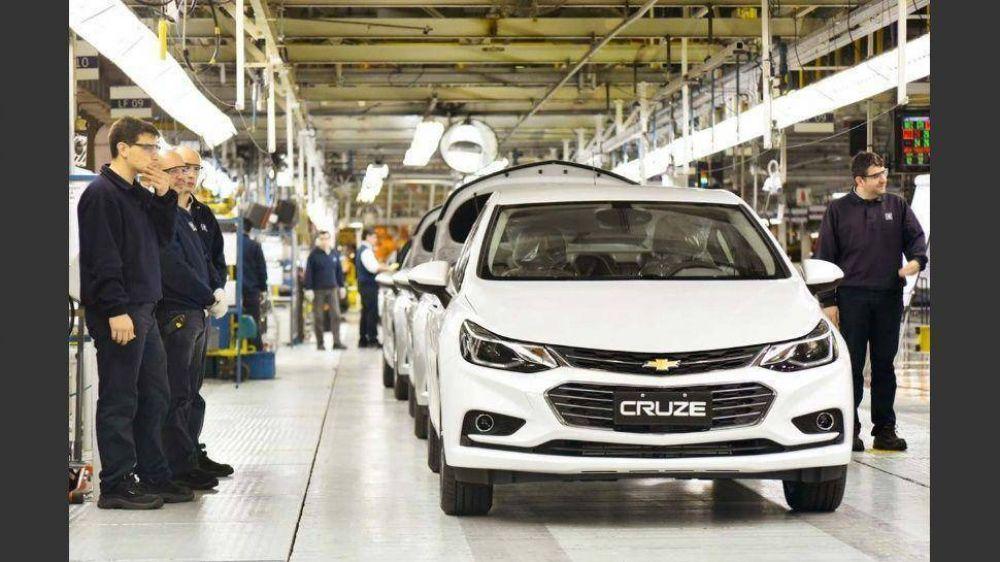 General Motors suspende a su personal hasta fines de enero