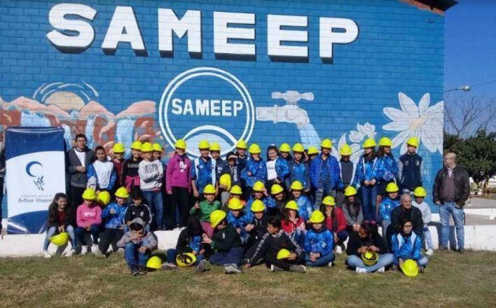 El Centro Mujer gestionó visita de alumnos de la Escuela 880 a planta potabilizadora de agua