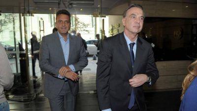 Para el cierre de la negociación por el Presupuesto, los gobernadores dejan afuera a Sergio Massa y Miguel Pichetto