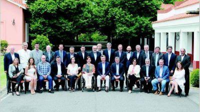 Provincias afinan el lápiz para acotar el ajuste 2019 con mayor presión tributaria