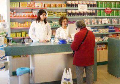 Farmacias reclaman una deuda y amenazan con no venderle medicamentos a jubilados