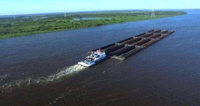 La pasada semana, hubo restricciones para navegar por la Hidrovía