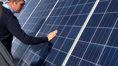 Iguacel inauguró en San Luis los primeros dos parques solares del Renovar