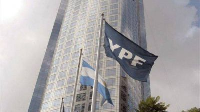 YPF compra por anticipado bonos de su deuda