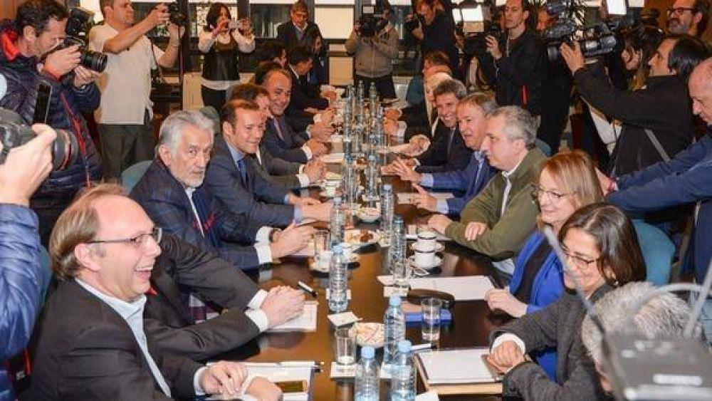 El debate por el Presupuesto profundizó la división entre los gobernadores peronistas