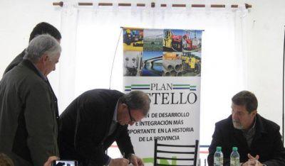 Firmaron el contrato de obra para la nueva planta cloacal