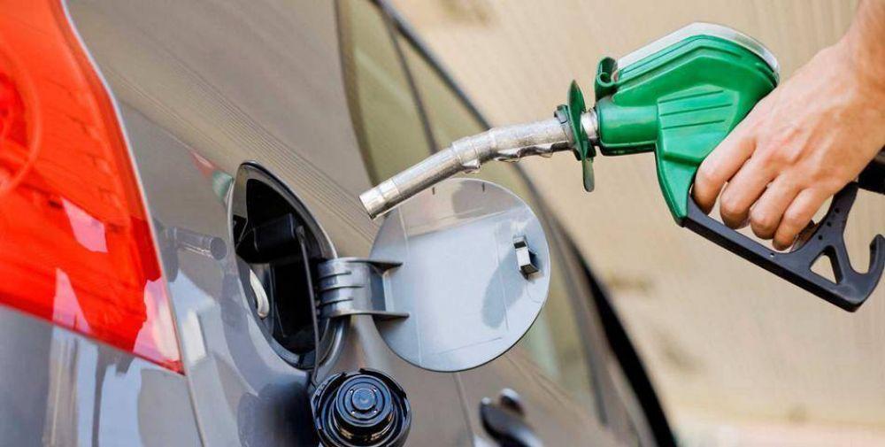 """Dispondrán precios """"indicativos"""" para el combustible en cada provincia"""