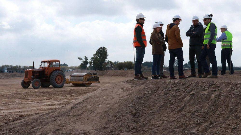 Energías limpias: comenzó en Villarino la construcción de la primera planta de biogás de la región