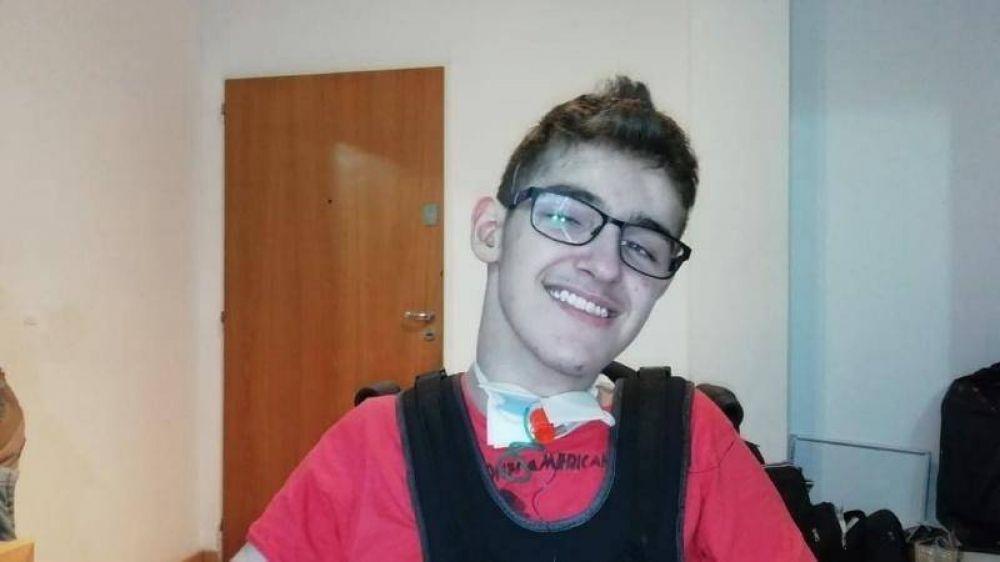 La obra social cubrirá la rehabilitación de Emiliano, el joven con hidrocefalia