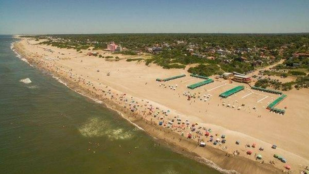 Temporada de verano: los alquileres en la costa vienen con subas de hasta 40% y ya ofrecen casas a $100.000 en Pinamar
