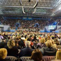 Cierre multitudinario de la asamblea Regional de los Testigos de Jehová