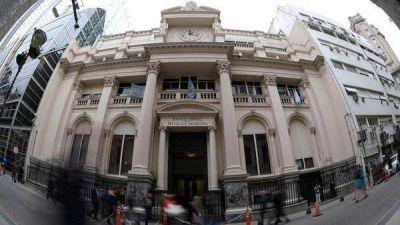 Pronóstico reservado para contener al dólar esta semana: el FMI le dio poco poder de fuego al Central