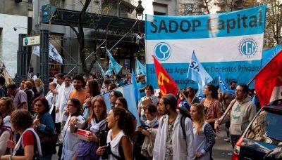 CABA: Docentes privados exigen un aumento de emergencia del 30% retroactivo a marzo