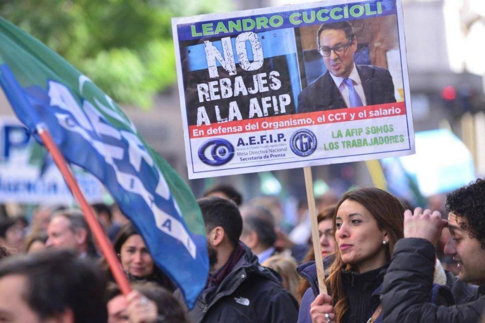 Gremio de AFIP realiza una marcha nacional contra el ajuste en el organismo