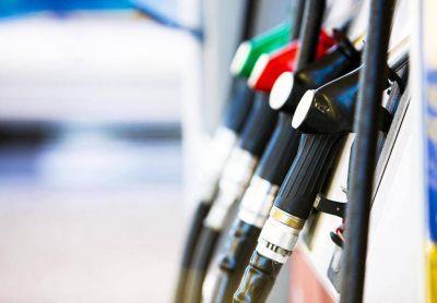 Por aumento de dólar y naftas, estaciones de servicio no aceptan tarjeta de crédito
