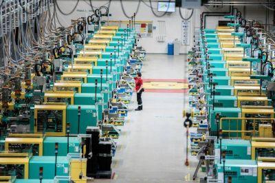 Las máquinas harán la mitad de las tareas laborales para 2025