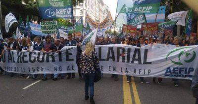 """Trabajadores de AFIP rechazaron """"la baja del salario y la flexibilización de los recursos"""""""
