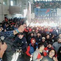 Petroleros en alerta y movilización contra contratistas de YPF