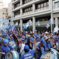UTEDyC marcha para reabrir paritarias en la previa del Superclásico