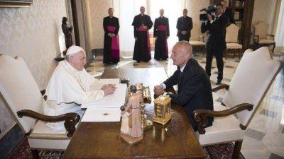 El Papa y el Presidente de Albania: Libertad y diálogo interreligioso