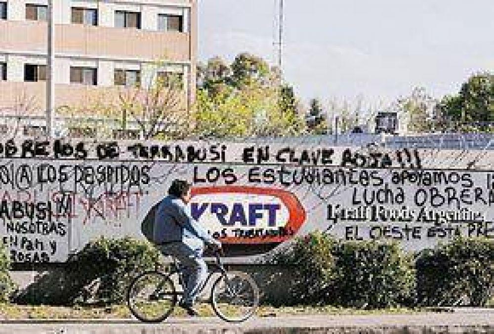 Kraft busca reabrir la fábrica y la interna quiere volver al paro