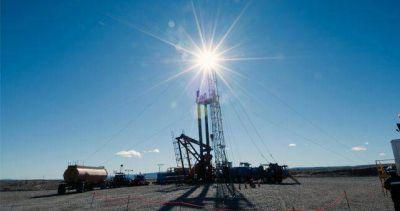 Petroleros denuncian la reducción de las perforaciones por parte de YPF
