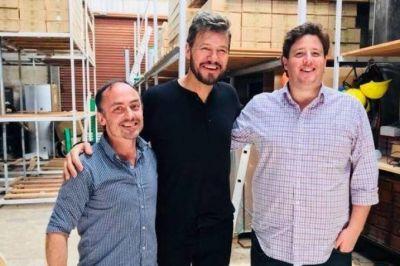 Energía renovada: Marcelo Tinelli visitó La Plata y bancó la producción de paneles solares