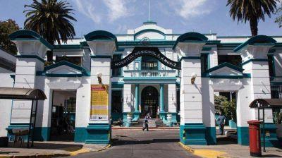 Por decreto unificarán cinco hospitales porteños en el Muñiz