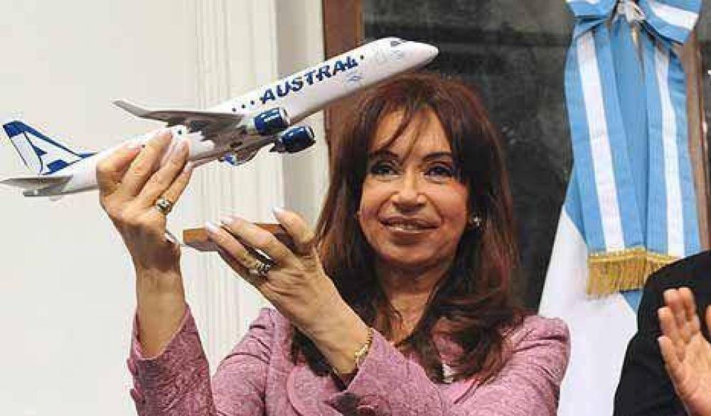 Los Kirchner usan a Aerolíneas para promover su hotel en El Calafate