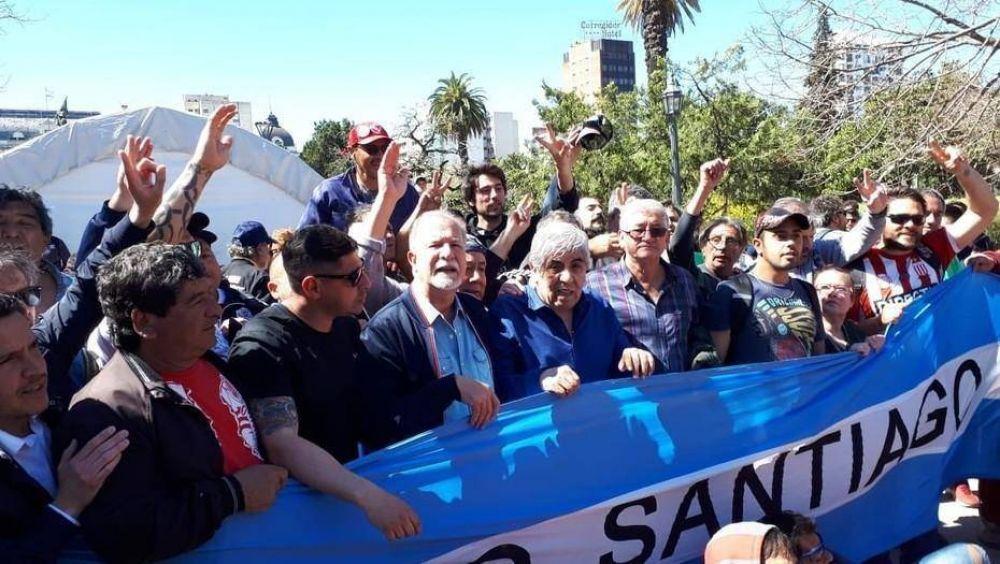 Hugo Moyano marchó con trabajadores del Astillero Río Santiago