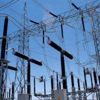 Postergan cinco obras de ampliación del sistema de transporte eléctrico