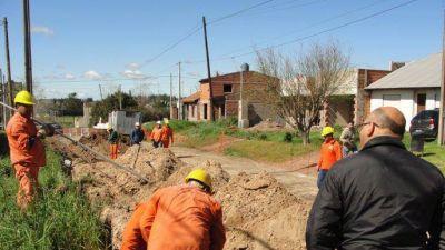 Reino avanza con la obra de extensión de la red cloacal