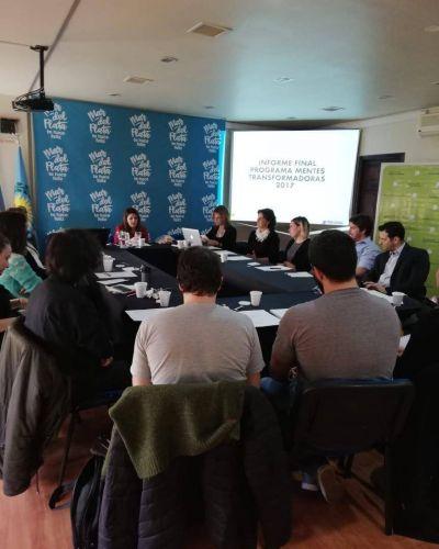 Sectores sociales de Mar del Plata reconocen problemas pendientes en temáticas de Trabajo, Educación y Medio Ambiente