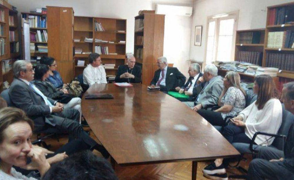 Escandaloso: La Iglesia se reunió con Pando y otros defensores de represores