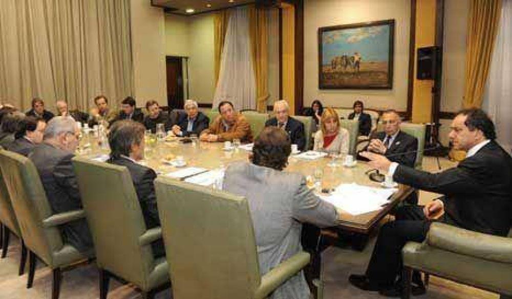 Impuestazo: Scioli sigue abierto al diálogo