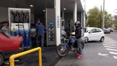 Expertos en seguridad afirman que es inconstitucional la ley que obliga a playeros a controlar motociclistas