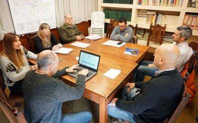 Especialistas en energías alternativas asesoraron a la Comisión de Producción